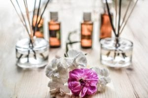 How to make money online selling essential oils - oils