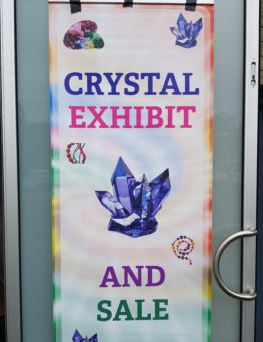 How to sell crystals online - exhibit sign