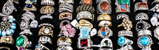 How to Sell Jewellery Online - rings