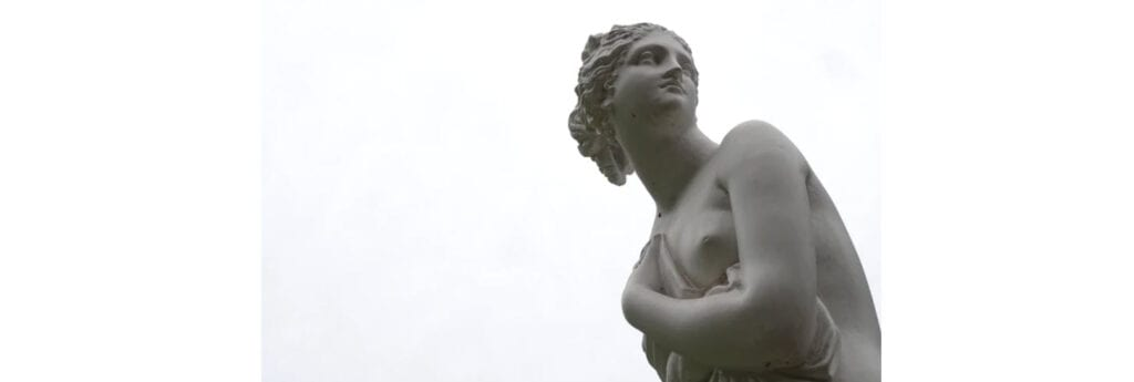 how to sell art online - statue